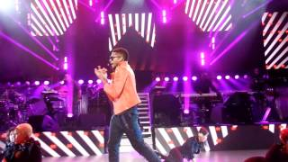 Usher- omg & yeah (amex unstagged)