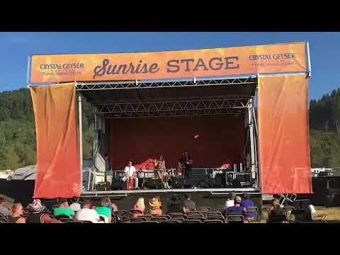 2017 Bi-Mart Willamette Country Music Festival Maddie Leigh