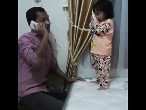Ayah Dan Anak Perempuannya Yang Pintar
