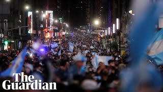 Buenos Aires erupts aṡ Argentina beat Brazil in Copa América final