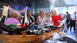 Baixar Summer Fever 2015 - BMW van Osch met Els Tibau