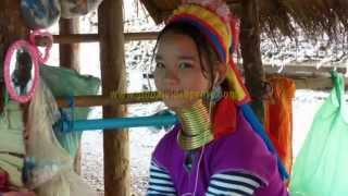LONG NECK WOMEN,  HILL TRIBE. CHIANG MAI, THAILAND..TRAVEL...