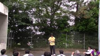 1年生によるフラワースティックの演技です。 湘南高校アルコーブ外にて。