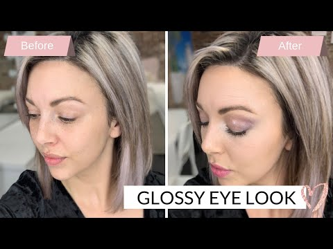 Glossy Eye Look Using The Mary Kay Brand