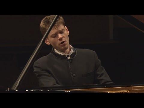 Andrey Gugnin Plays Ravel : Miroirs No.3 'Une Barque Sur L'Ocean'