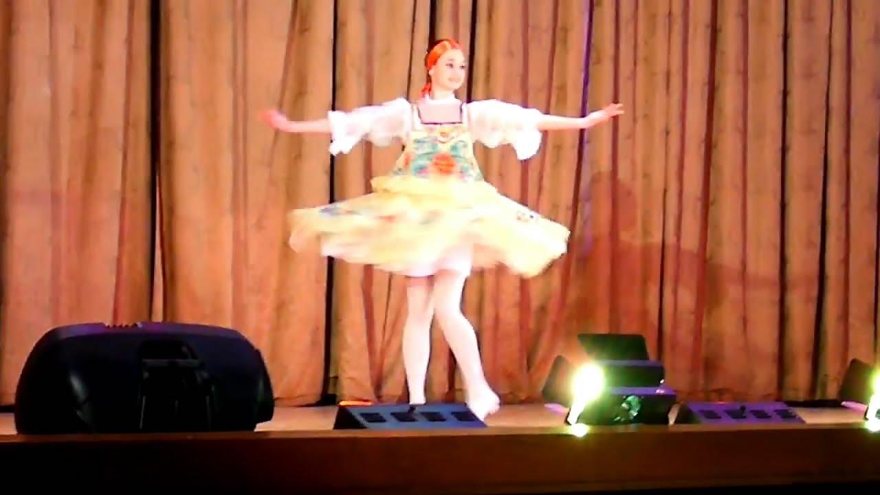 русские сольные танцы девушек видео смотреть похожее русская