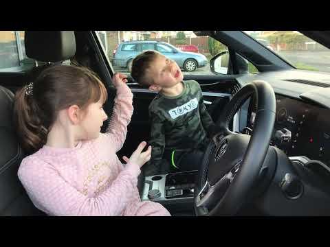 Emma and Sebastian's 2018 Volkswagen Touareg review