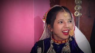 Rongfa Girls In Traditional Dress