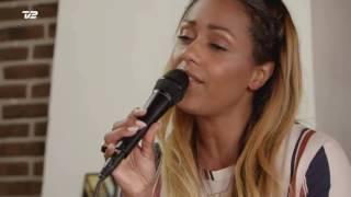 Ida Corr sings Noah