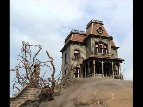 The Bates Mansion Diorama Psycho Youtube