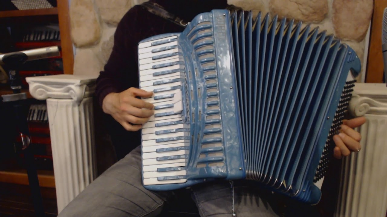 3713 - Teal Titano Piano Accordion LM 41 120 $799