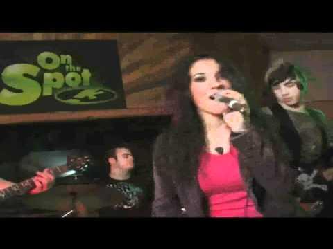 Samantha Lombardi - Creepie Kids (Live) HQ HD (1080p)