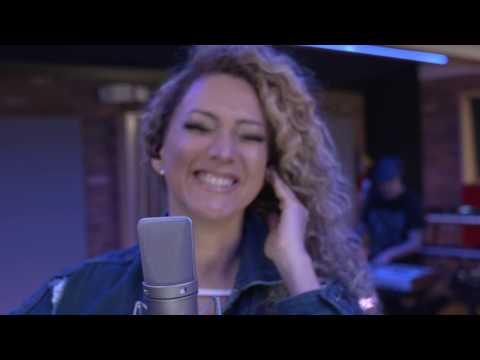 Erika Ender - Panamá Mía (Official Video)