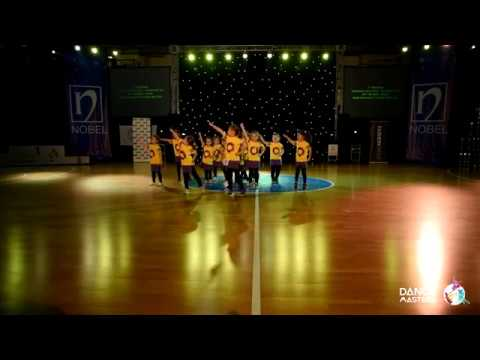 Eat The Beat / Everybody Dance Now / Street Show Dance Formation Mini Kids / Dance Masters 2017