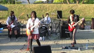 大阪城公園ストリートライブ「城天」でのライブ映像です。