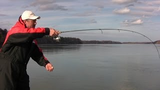 Casting Techniques - 5 Styles and Methods of Casting with your Fishing Rod
