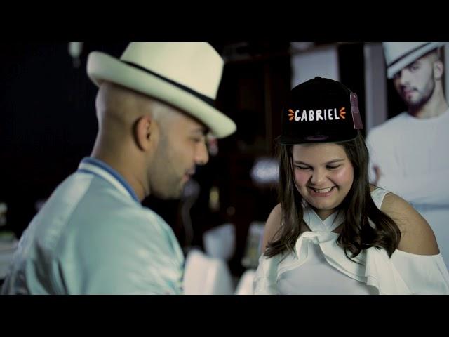 ¡Gabriel sorprende a Gabriela!