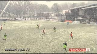 Beauty Vincent Janssen tegen Ajax A1 voor de Nike Cup(Feyenoord A1 speelde tegen Ajax A1 voor de Nike Cup. De Rotterdammers waren veel te sterk voor de Amsterdammers en stonden bij rust al met 0-2 voor., 2013-02-13T08:33:47.000Z)