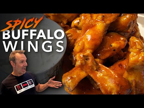 SPICY BUFFALO CHICKEN WINGS | BLUE CHEESE DIPPING SAUCE | DADS THAT COOK