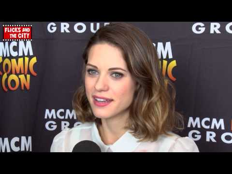 Lyndsy Fonseca talks How I Met Your Dad & HIMYM Finale