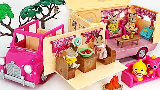 Let's go camping in a Li'l woodzeez happy camper with baby shark and Pinkfong | PinkyPopTOY