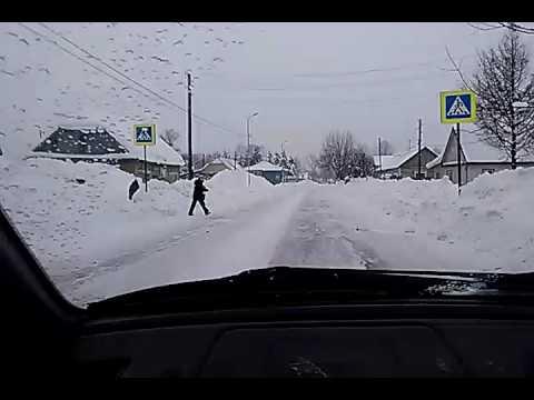 Мильковчане жалуются на заваленные снегом дороги в селе