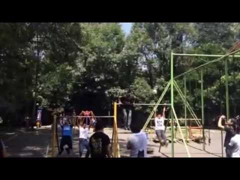 Streetworkout viveros coyoacan youtube for Viveros coyoacan
