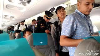 Download Video Penerbangan Perdana Garuda Indonesia Rute Balikpapan - BIJB Kertajati MP3 3GP MP4