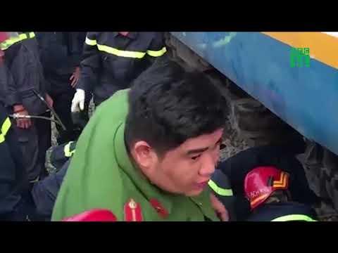 Giải cứu người đàn ông mắc kẹt dưới gầm tàu hỏa | VTC14