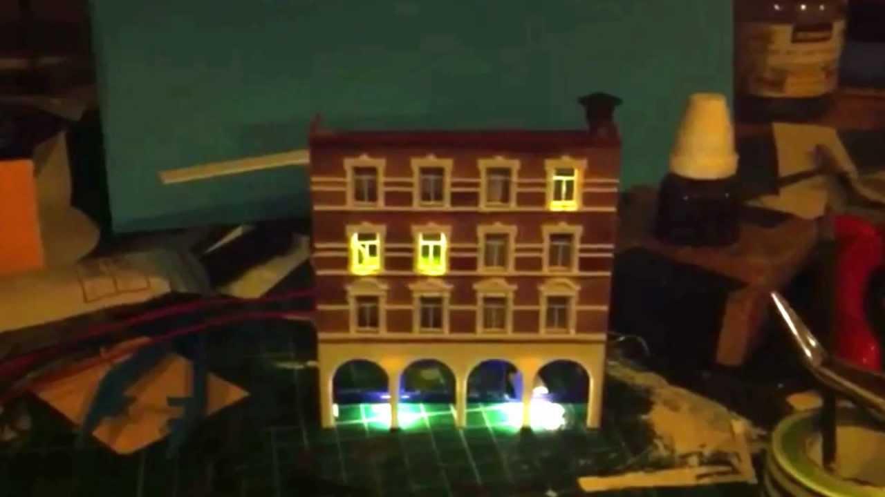 Eerste poging verlichting in huisjes - YouTube