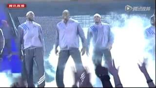 2012 NBA All-Star  hot dance of the King- James,and What is the beast  Griffin doing?