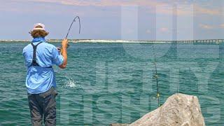 Ultra Light Jetty Fishing + 10,000 YEAR OLD LAKE!