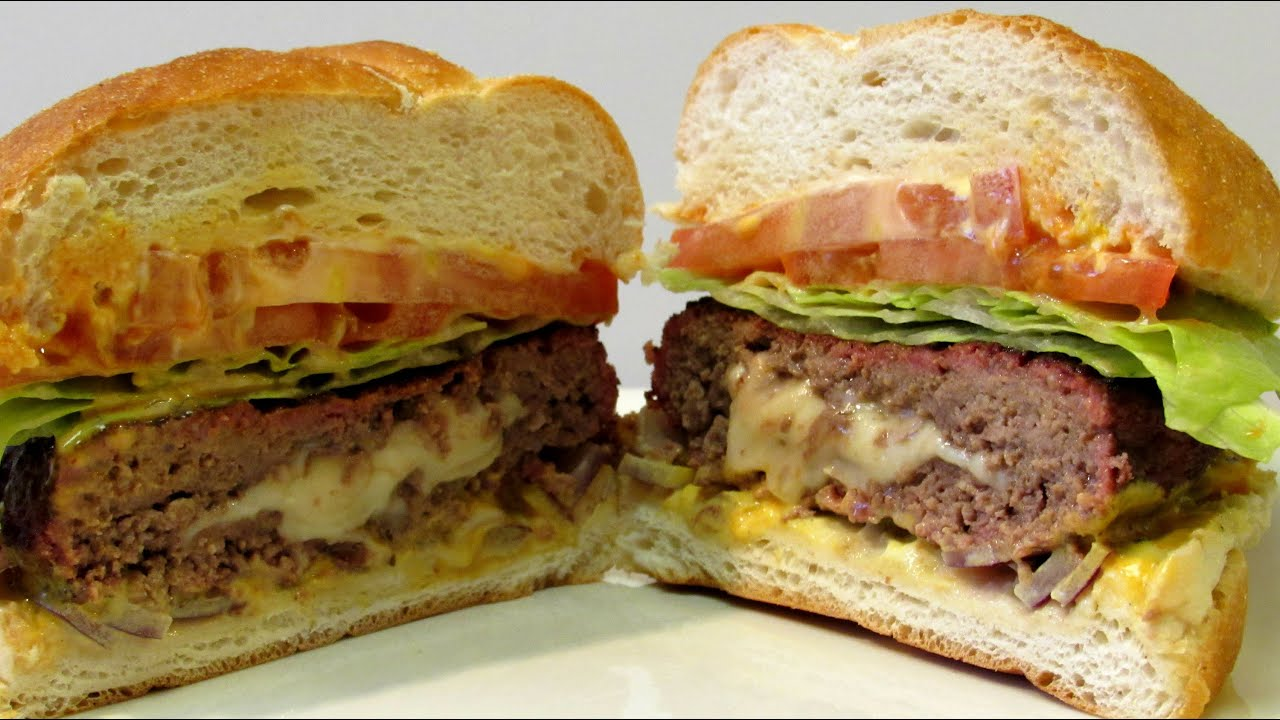 Jucy Lucy or Juicy Lucy - How to make a Jucy Lucy - Cheeseburger ...