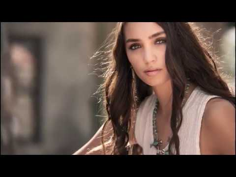 Picture Perfect Lighting Workshop Video with Roberto Valenzuela
