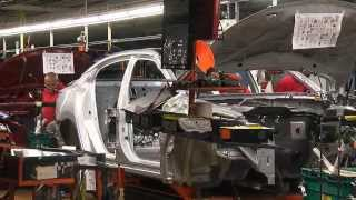 2016 Nissan Maxima Assembly Line