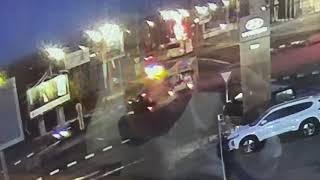Видео столкновения автобуса и иномарки после которого легковушка перевернулась