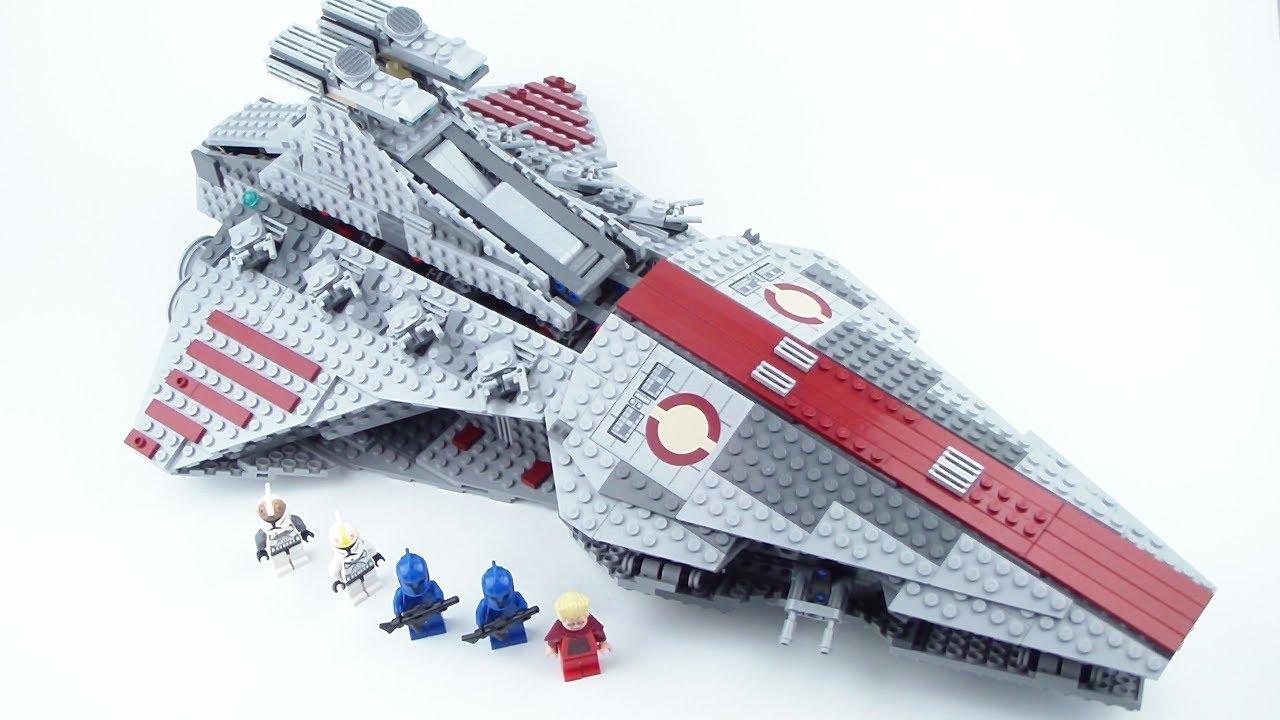 LEGO Star Wars: 8039 Venator-Class Republic Attack Cruiser Review