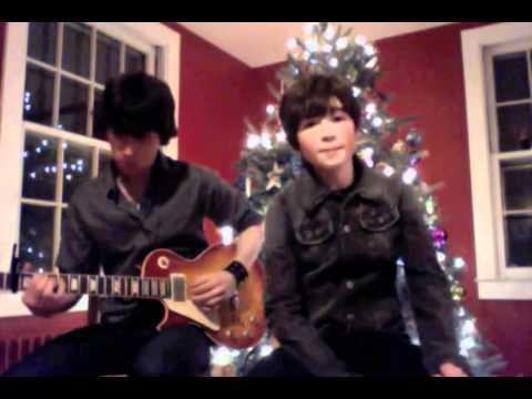 Burnham sings God Rest Ye Merry Gentlemen! 12 Days of Christmas! (11 of 12)