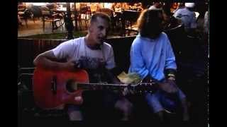 обычный автобус.песня под гитару.афганские(смотреть всем)