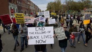 Freddie Gray protests turn violent in Baltimore