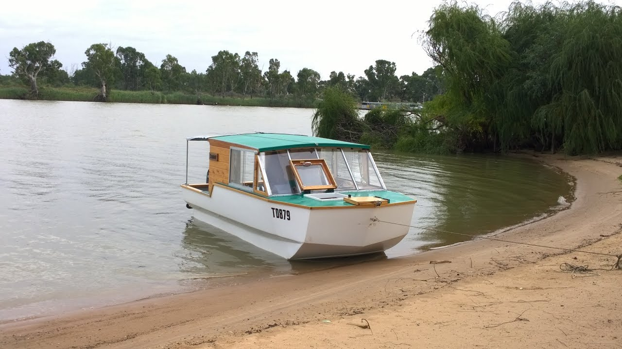 Small Houseboat Semloh Murray River Trip 2017 Youtube