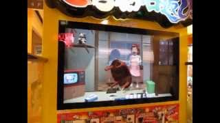 Crazy Japanese Video Game - Table Flipping - Arcade in Tokyo, Japan