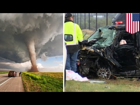 Storm chasers crash: Weather Channel hosts die in insane car collision tracking twister - TomoNews