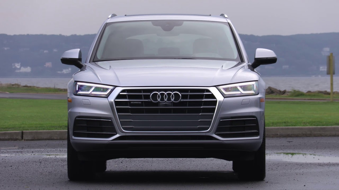 2018 Audi Q5 Full LED Headlights & Standard Tail Lights