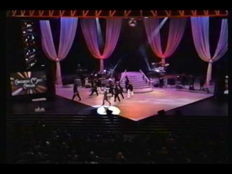 Mariah Carey - Fantasy (Live - AMA 1996)