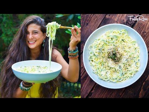 Creamy Lemon Garlic Pasta Alfredo! FullyRaw & Vegan!