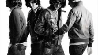 Arctic Monkeys - Dance Little Liar (humbug version)