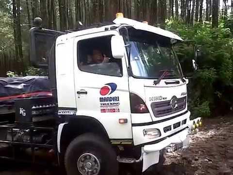 Scania Naik gunung