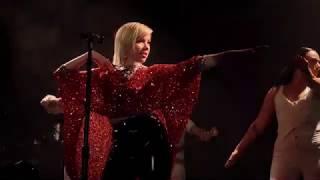 Carly Rae Jepsen - E·MO·TION (The Dedicated Tour, Vancouver)