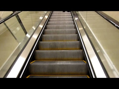 Mumbai Metro Escalator @ Andheri Station Mumbai India 2015